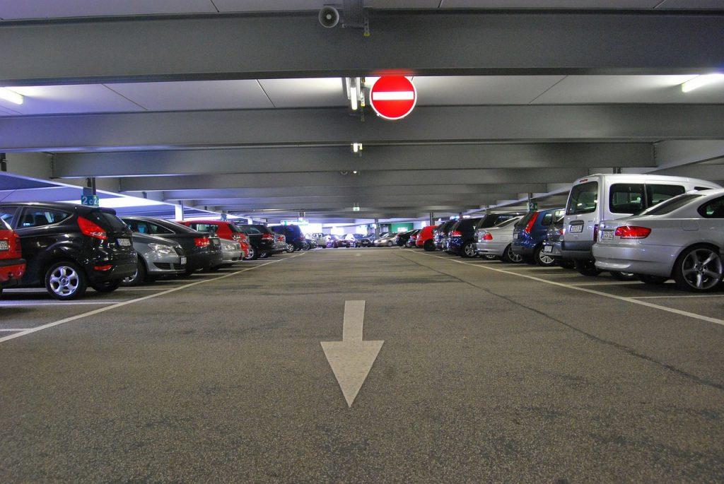 Samochody używane – jak uniknąć niepewnego zakupu?